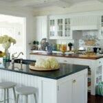 beyaz mutfak dekorasyonu fikirleri