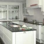 beyaz country mutfak modeli