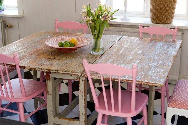 ahşap mutfak masası