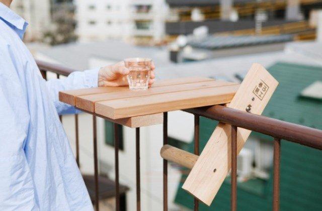 balkon demirine takılan sehpa modeli