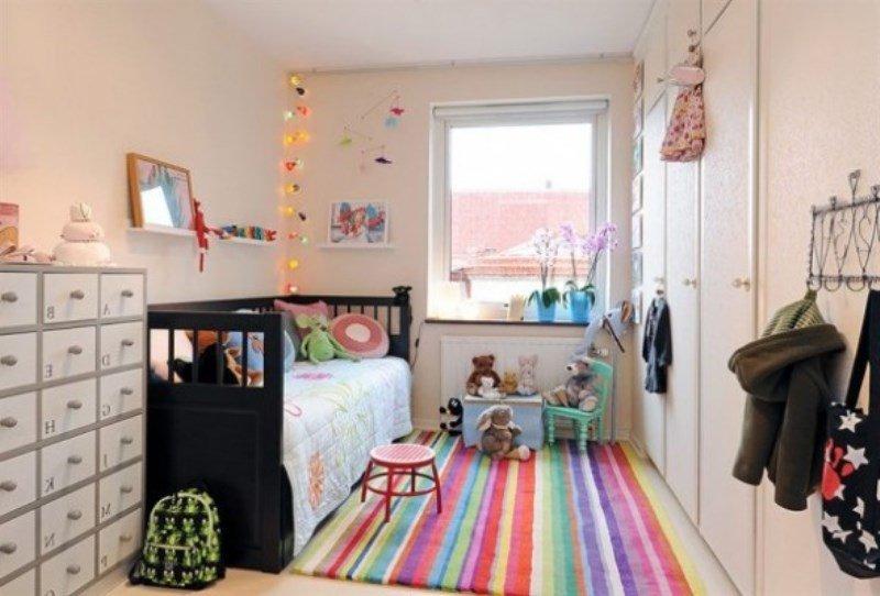 renkli bebek odası halı modeli